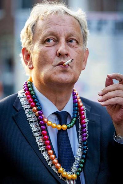 Read more about the article Stop tabac Amsterdam