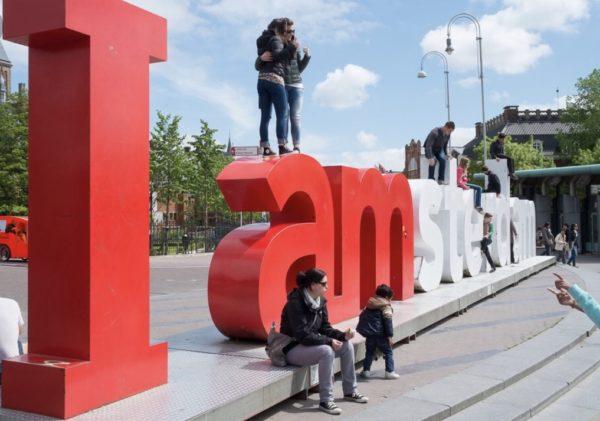 IAMSTERDAM : les lettres de la discorde